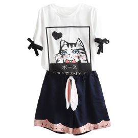 Cute cat pattern outfit