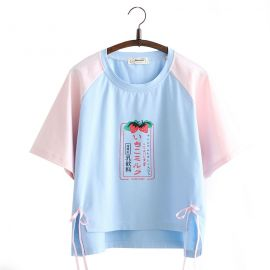 Japanese strawberry pattern T-shirt