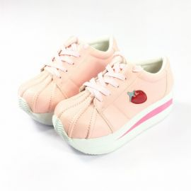 Strawberry pattern thick bottom leather shoes