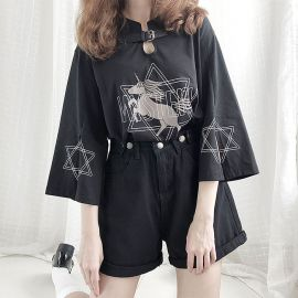 Black mystery T-shirt with leather strap