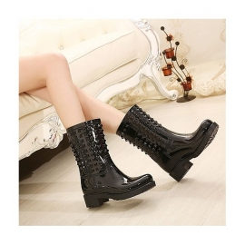 Women's rivet rubber boots