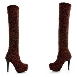 Calf lenght leopard mocca boots