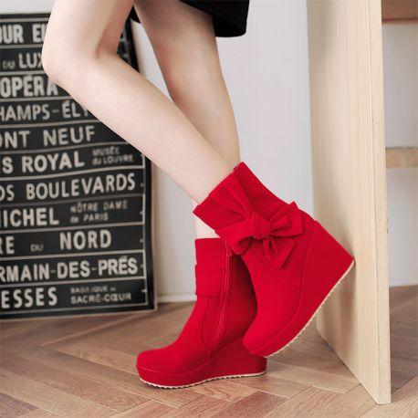 Women's wedge heel shoes with bow tie