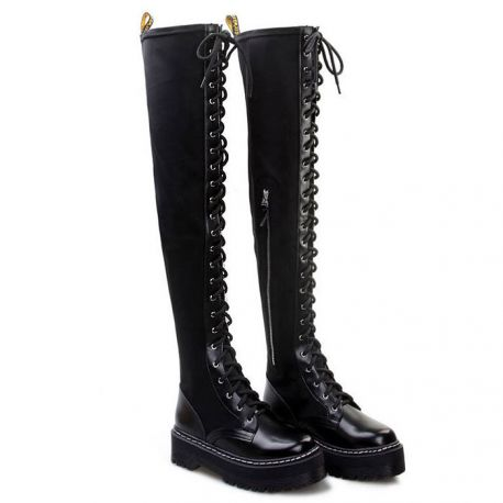 Stylish thigh boots with cord