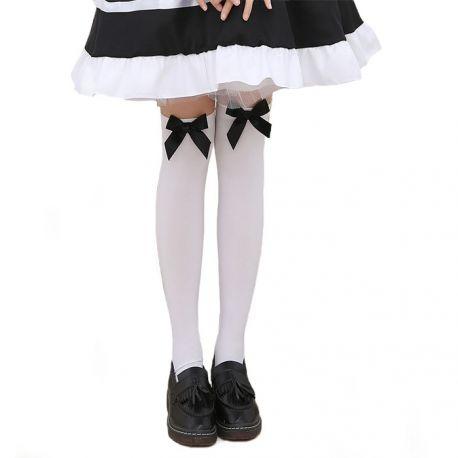 Lolitatyyliset sukkahousut rusetilla